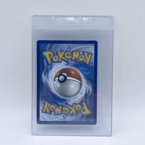 Pokémon TCG Chilling Reign Gold Fighting Energy Secret Rare 233/198 English - Image 2
