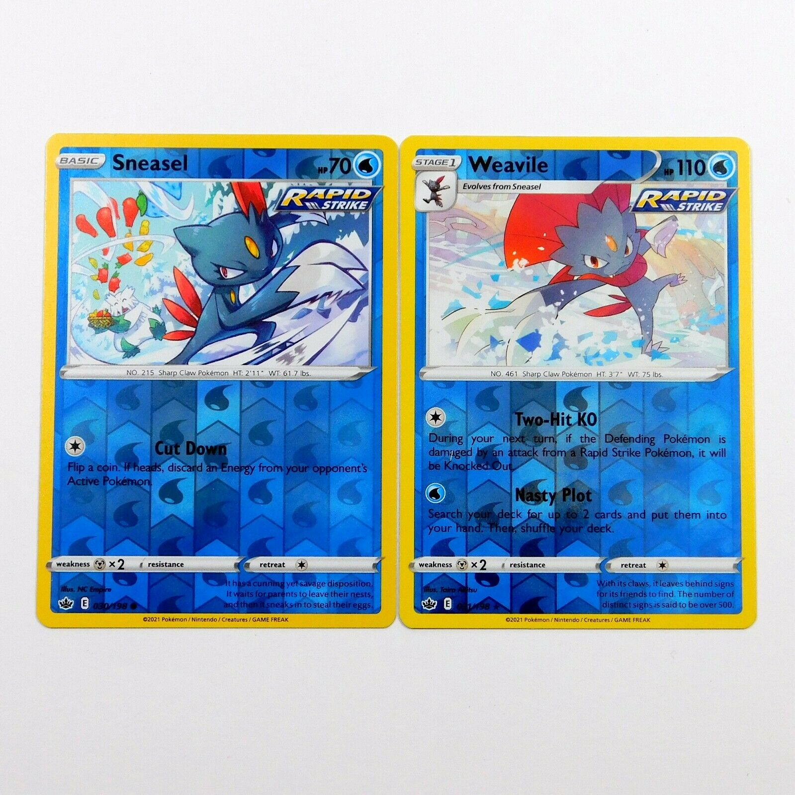 Weavile 031/198 - Sneasel 030/198 Reverse Holo Chilling Reign Pokemon Cards NM/M