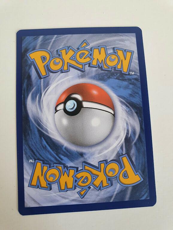 Pokemon SWSH Chilling Reign Volcarona 024/198 Rare card - Image 2