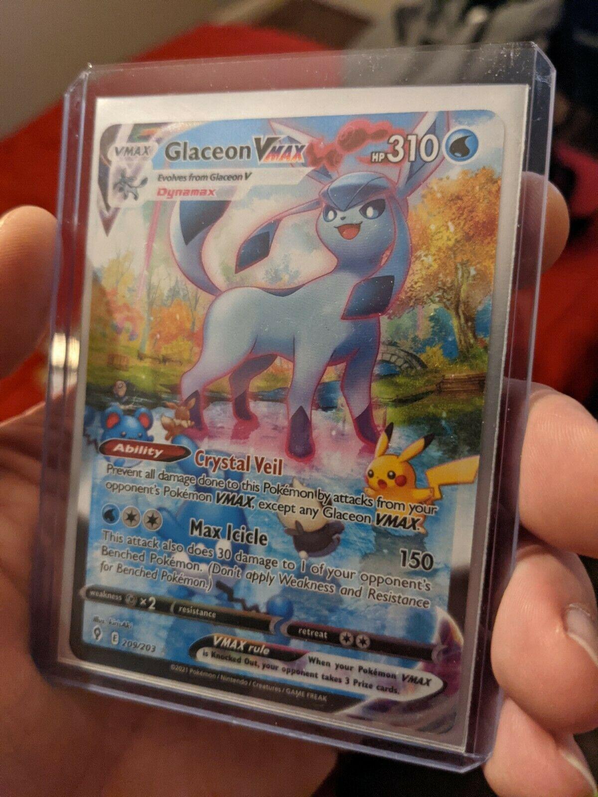 Glaceon VMAX Alternate Alt Art Evolving Skies 209/203 Secret Rare Pokémon Card