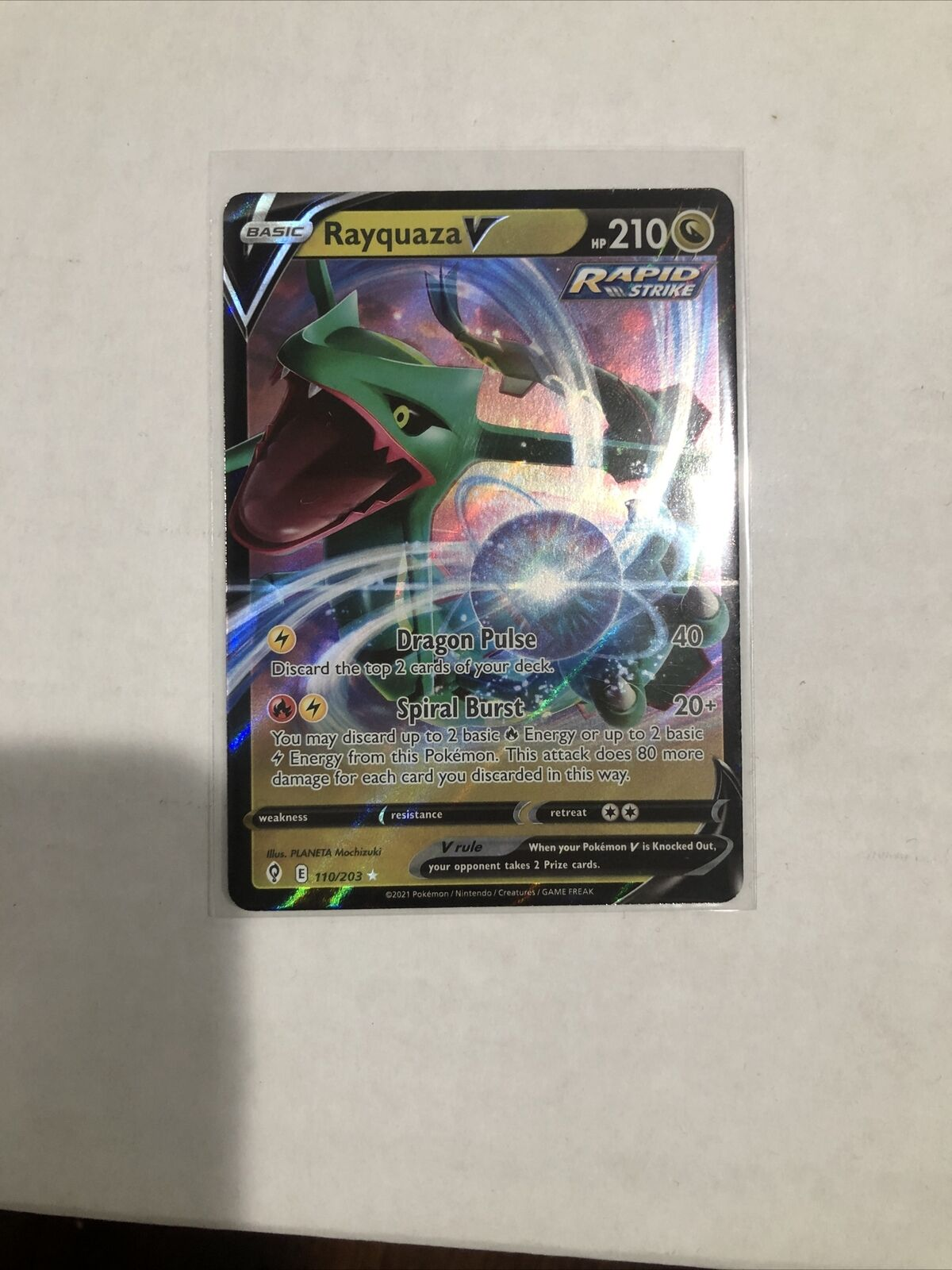 Rayquaza V 110/203 Evolving Skies Pokemon Mint Freshly Pulled And Sleeved Up - Image 2